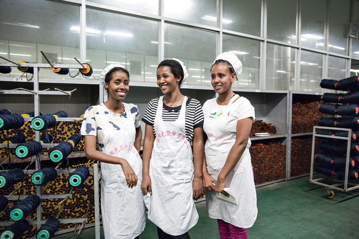 Several Ethiopian college students were trained by Jiangsu Sunshine Group in Jiangyin in July 2018.  by Qin Bin
